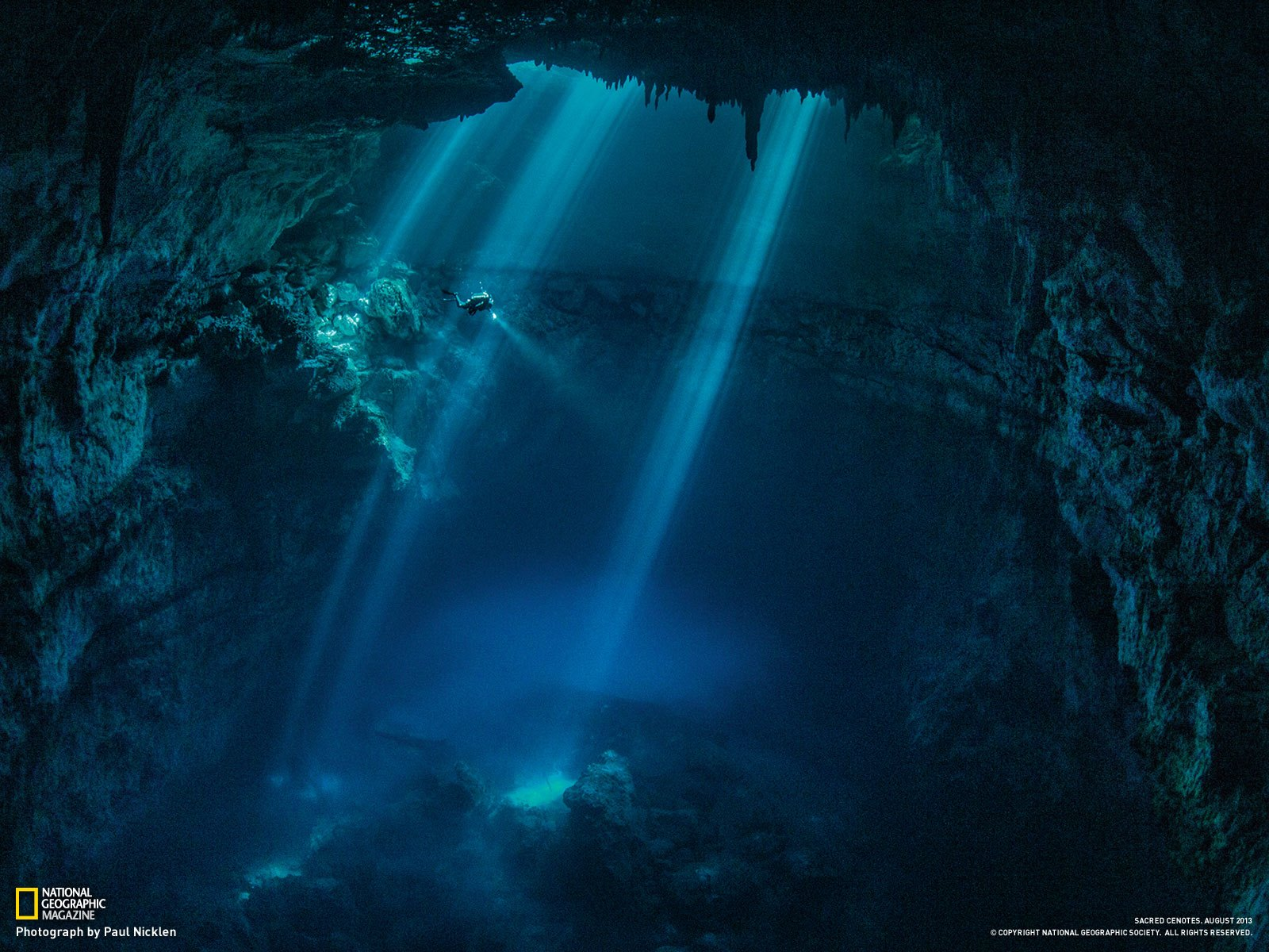 National_Geographic_cenote_near_Tulum